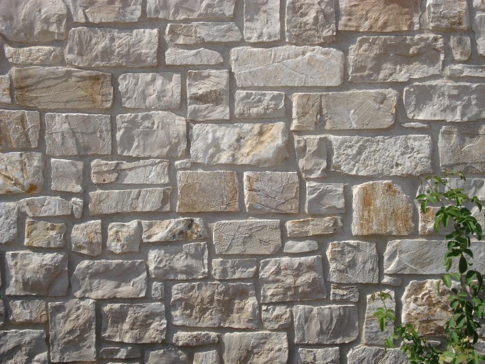 Pietra di izzalini da rivetimento pietra per casolari umbria burlarelli snc - Pietre da esterno per rivestimento ...